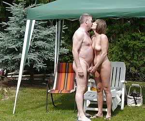 Related gallery: couples (click to enlarge)